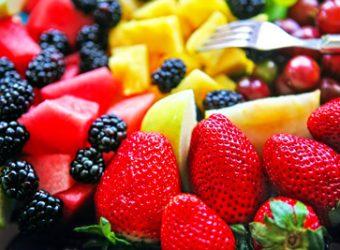۹ ماده غذایی که بیشتر از پرتغال ویتامین C دارند