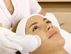 مزایا و عوارض لیزر پوست چیست؟