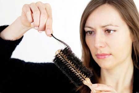 بهترین درمان ریزش مو این روش خانگی است