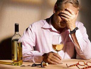 راهکارهایی برای زندگی با یک معتاد الکلی
